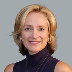 Jo Smith Headshot