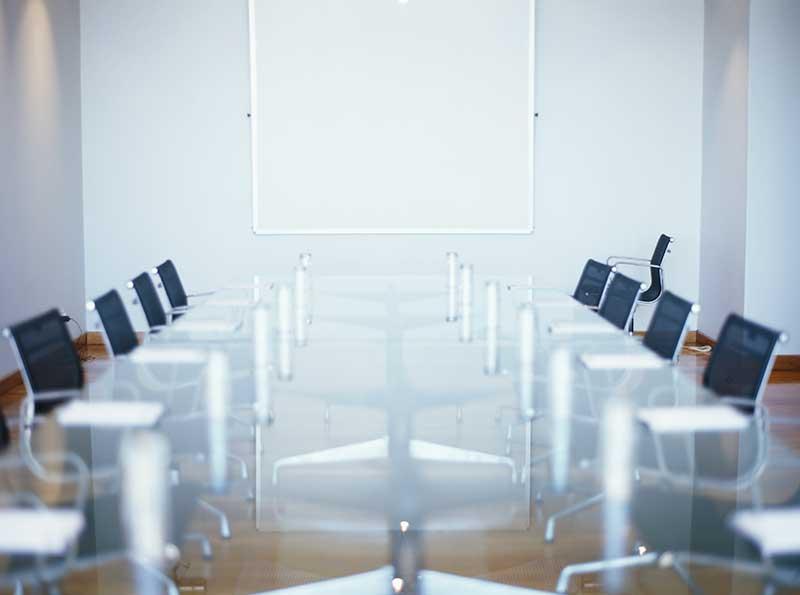 boardroom-glass-table