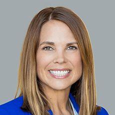 Laura Kearney Headshot
