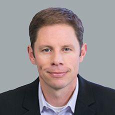 Seth Pfalzer Headshot