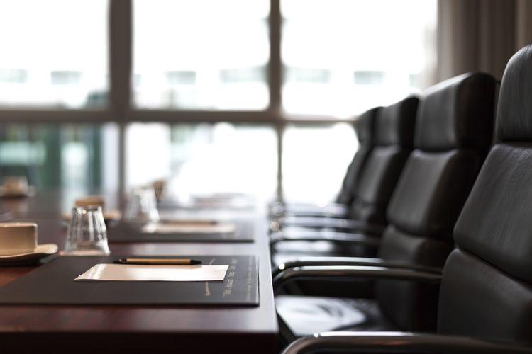 board meeting room chairs